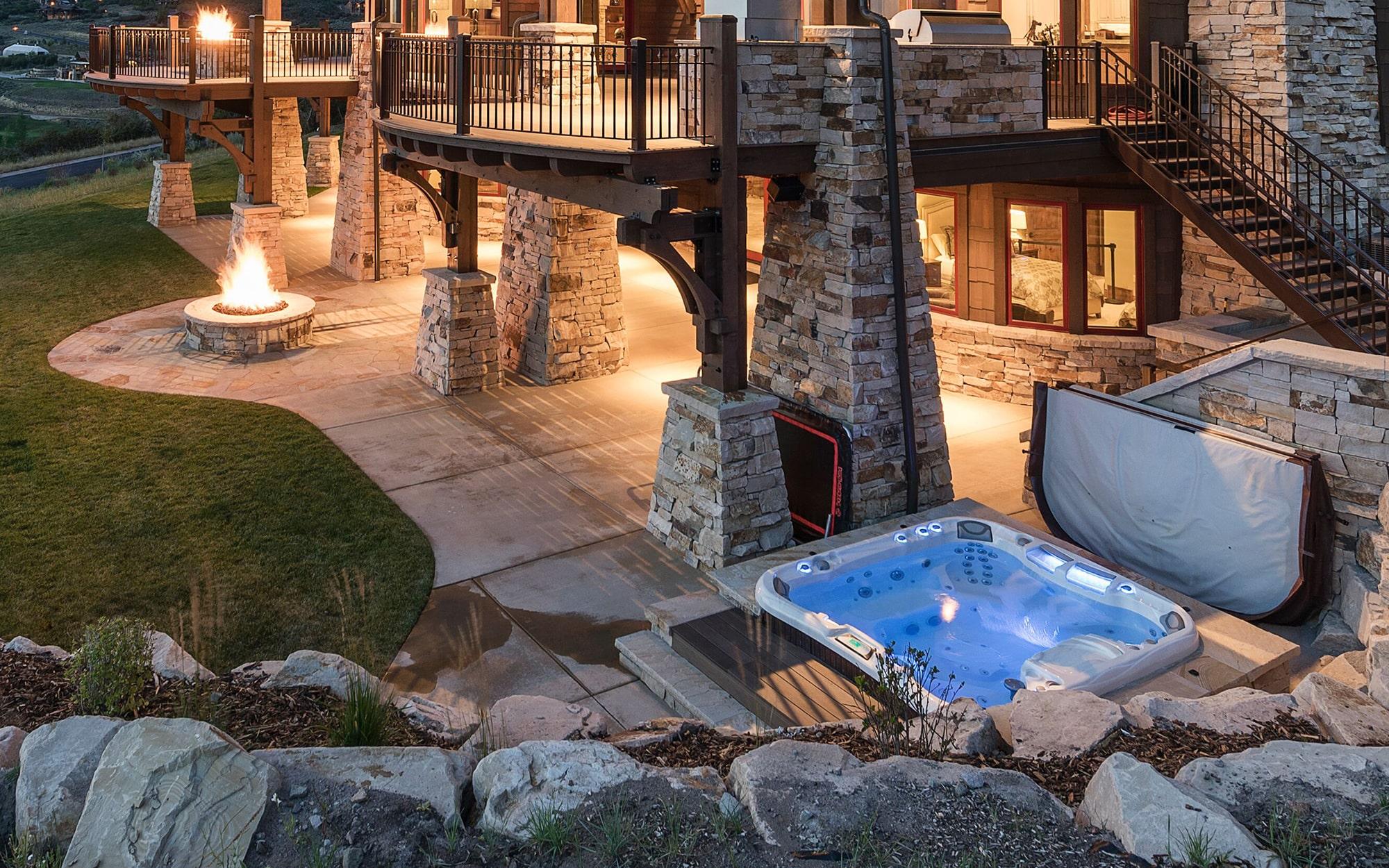 Sundance Spas backyard luxury installation