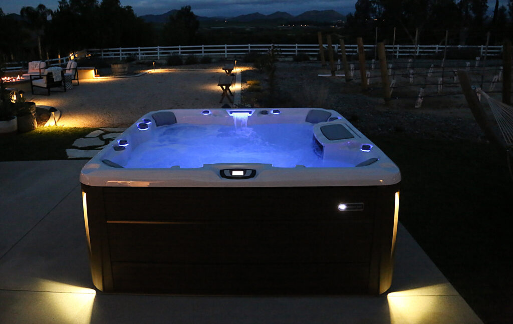 Sundance optima spa, nightime with LED lights